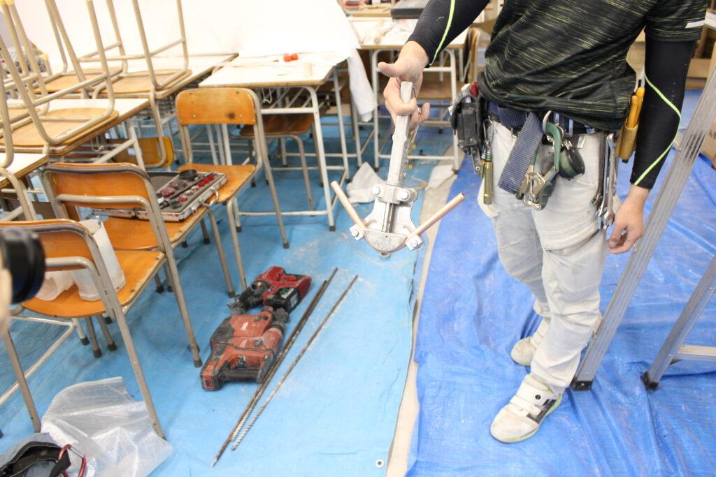 オーソリティー空調 施工現場 銅管ベンダー